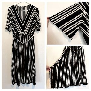 3 for $17⚡️H&M Striped Dress